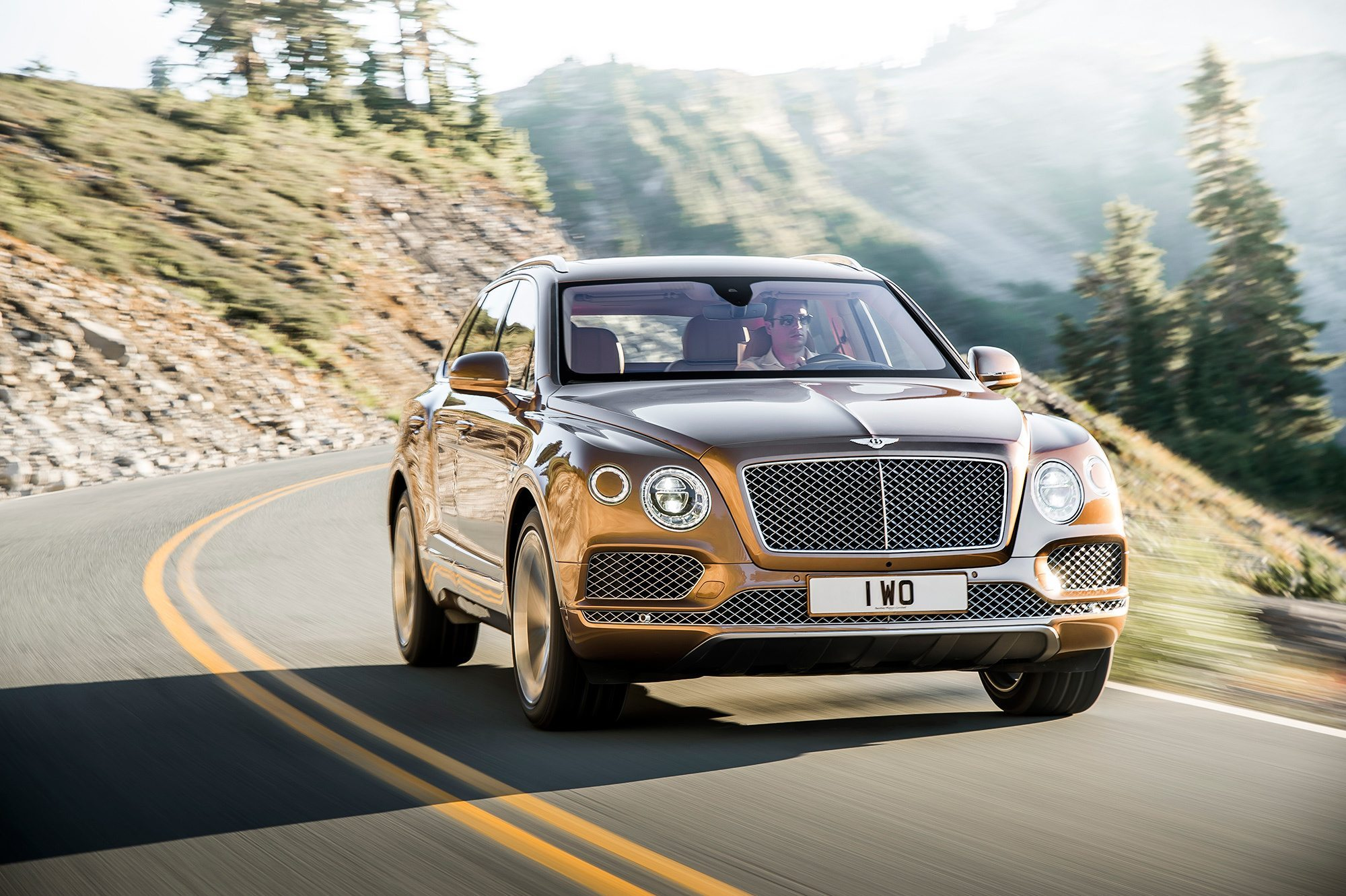 Bentley Bentayga W12 – Sports cars or luxury SUV?