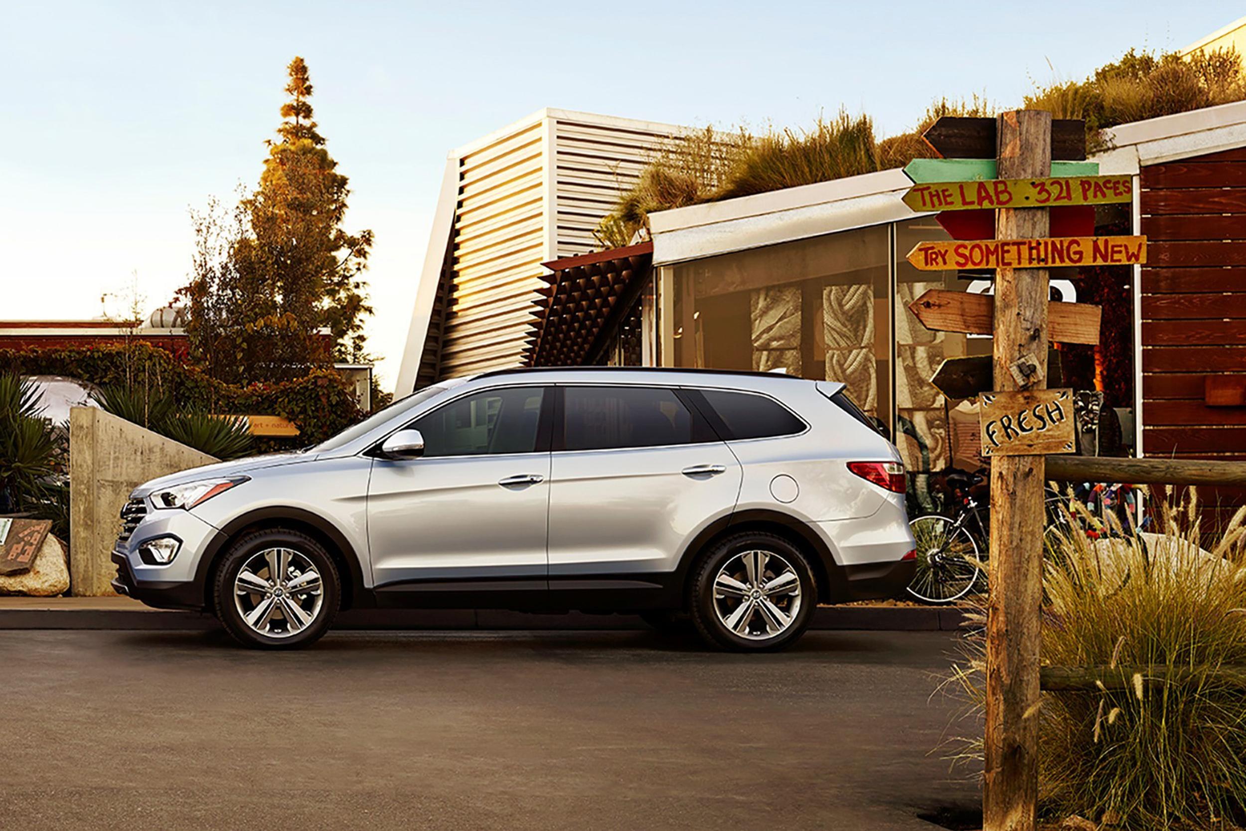santa model specs hyundai cars prices stats reviews used advice fe uk co faults make usedcarexpert price