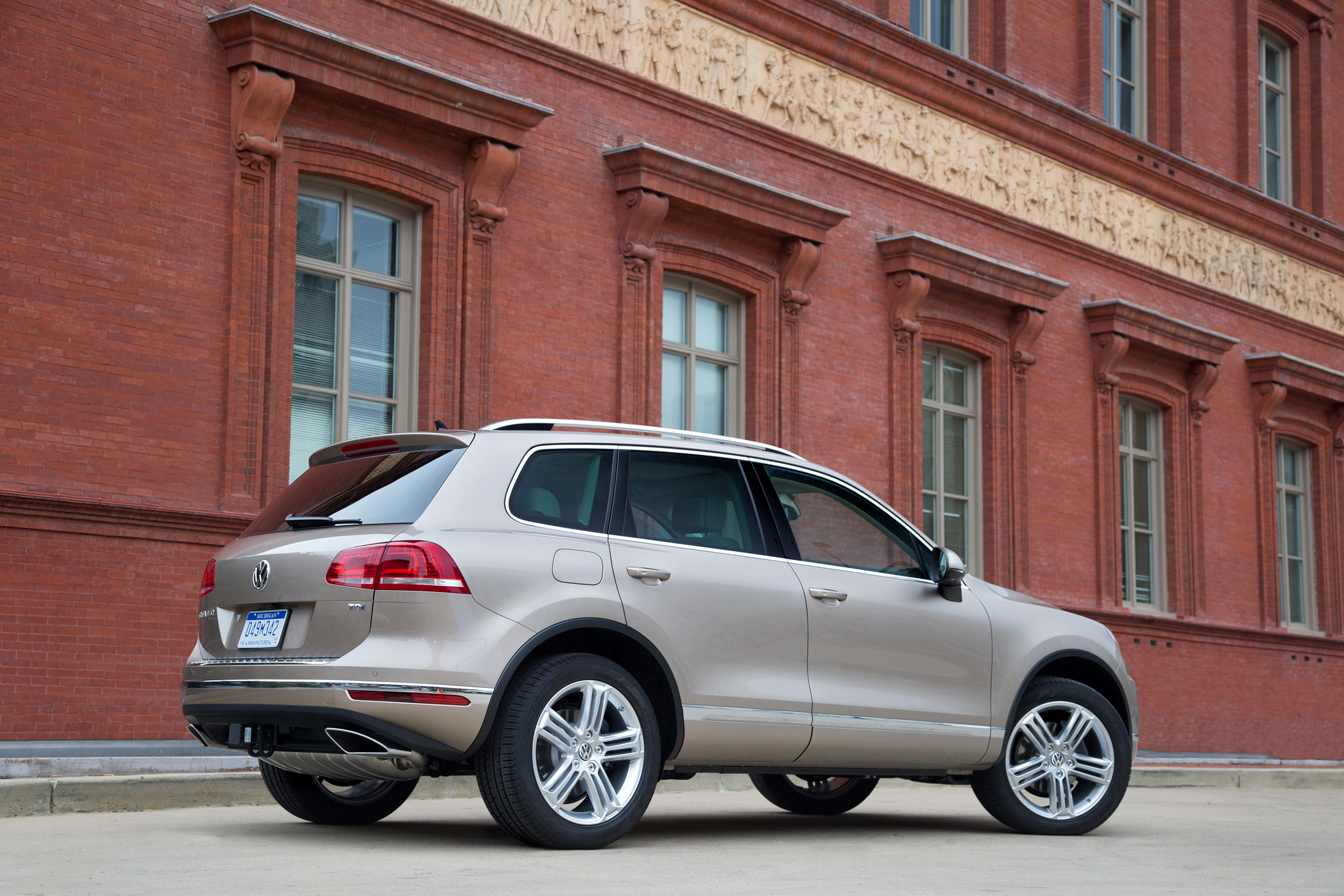 touareg years motor and be on a more from by news same detroit blue five platform vw as new co show cars audi volkswagen inspired concept riding za motoring next will cross far the